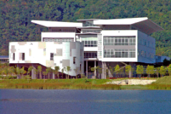 Faculty of Science / Faculty of Engineering and Green Technology